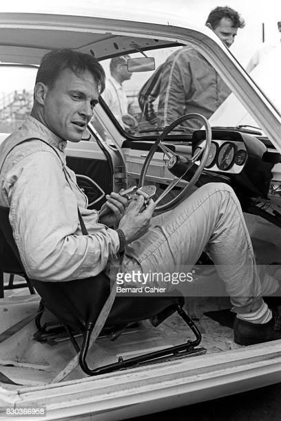 Dan Gurney Ford Cortina Lotus 12 Hours of Sebring Sebring 21 March 1964