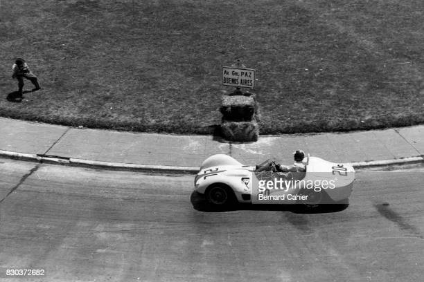 Dan Gurney, Maserati Tipo 61, 1000 Km of Buenos Aires, Autodromo Juan y Oscar Galvez, Buenos Aires, 31 January 1960.