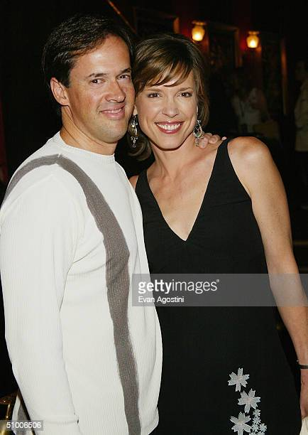 Dan Hicks and Hannah Storm attend the world premiere of Touchstone Pictures's King Arthur at the Ziegfeld Theatre June 28 2004 in New York City