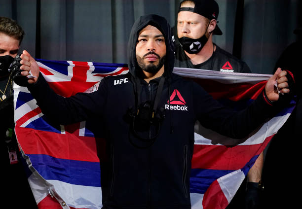 Dan Ige prepares to fight Gavin Tucker in a featherweight fight during the UFC Fight Night event at UFC APEX on March 13, 2021 in Las Vegas, Nevada.