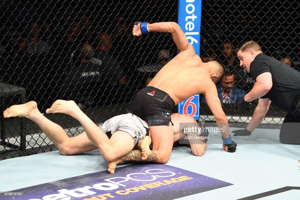 UFC 225: Santiago v Ige : ニュース写真