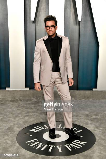 Dan Levy attends the 2020 Vanity Fair Oscar Party hosted by Radhika Jones at Wallis Annenberg Center for the Performing Arts on February 09, 2020 in...