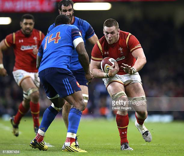 Dan Lydiate of Wales charges upfield during the RBS Six Nations match between Wales and France at the Principality Stadium on February 26 2016 in...
