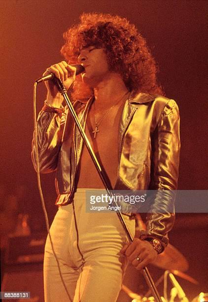 Dan McCafferty of the Scottish rock band Nazareth performs on stage in 1975 in Copenhagen Denmark