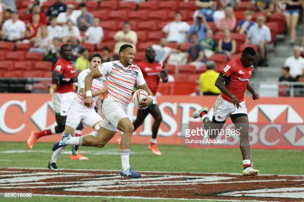 Dan Norton of England in action during the Cup Quarter Finals 2017 Singapore Sevens match between England and Kenya at National Stadium on April 16...
