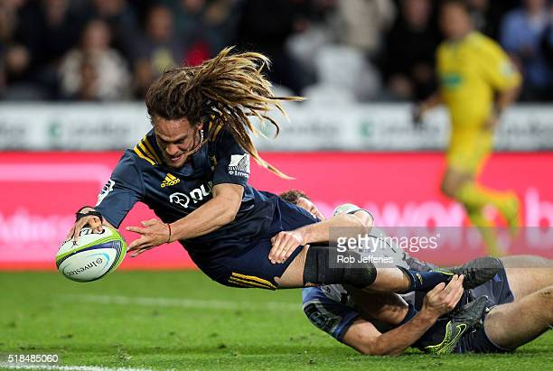 Dan Pryor of the Highlanders scores a try during the round six Super Rugby match between the Highlanders and the Western Force at Forsyth Barr...