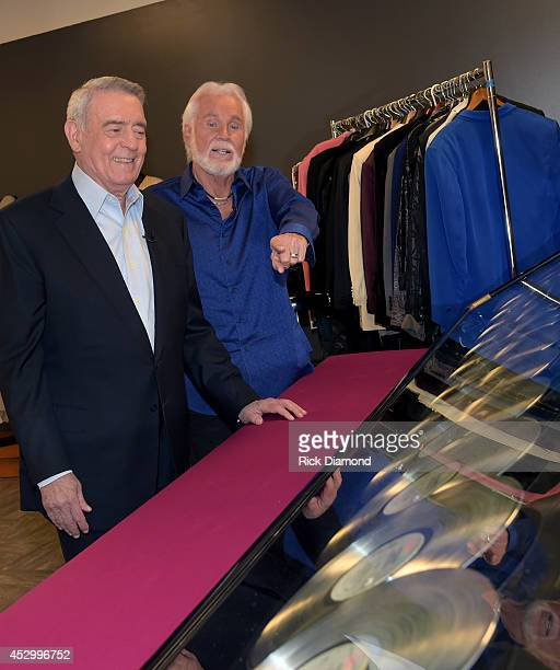Dan Rather interviews Kenny Rogers at The Country Music Hall of Fame and Museum on July 31 2014 in Nashville Tennessee An exhibit highlighting Kenny...