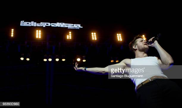 Dan Reynolds of Imagine Dragons performs during the first day of Lollapalooza Buenos Aires 2018 at Hipodromo de San Isidro on March 16 2018 in Buenos...