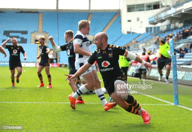 Dan Robson of Wasps celebrates scoring a try during the Gallagher Premiership Rugby first semi-final match between Wasps and Bristol Bears at Ricoh...