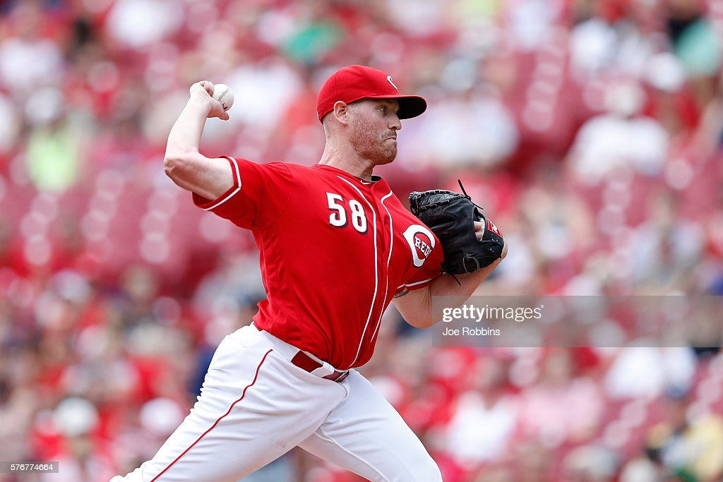 Dan Straily #58 of the Cincinnati Reds pitches in the first inning against the Milwaukee Brewers at Great American Ball Park on July 17, 2016 in Cincinnati, Ohio.