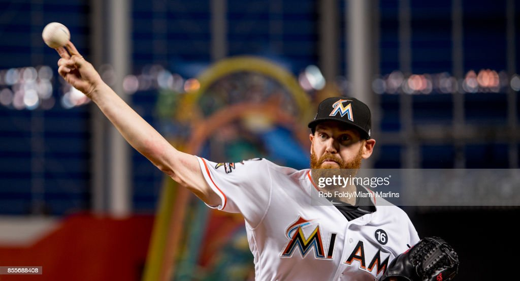 Dan Straily #58 of the Miami Marlins pitches before the game against the Atlanta Braves at Marlins Park on September 29, 2017 in Miami, Florida.