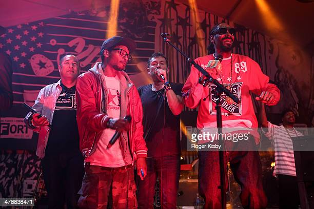 Dan the Automator Del the Funky Homosapien Damon Albarn and Snoop Dogg perform onstage at The Fader Fort presented by Converse during SXSW on March...