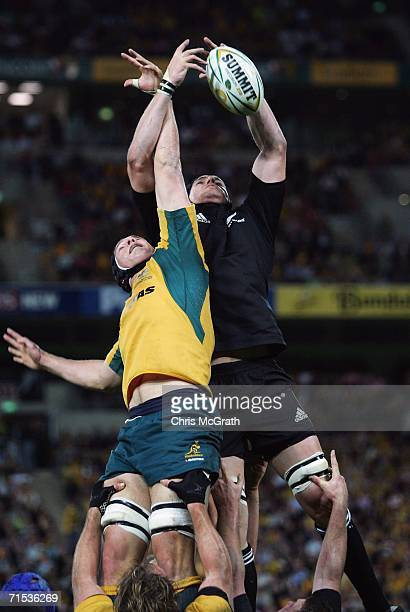 Dan Vickerman of the Wallabies and Ali Williams of the All Blacks contest the ball in the lineout during the Tri Nations series Bledisloe Cup match...