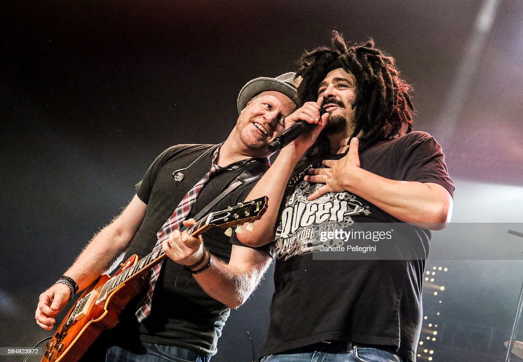 Counting Crows & Rob Thomas In Concert - Wantagh, New York