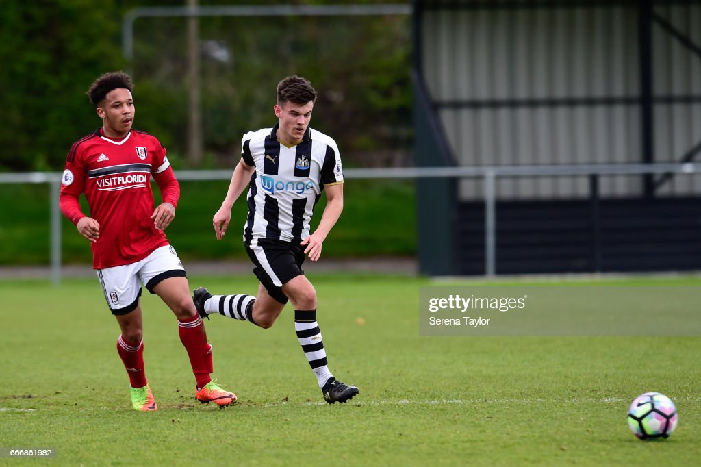 Dan Ward of Newcastle (7) runs with the ball during the Premier League 2 Match between Newcastle United and Fulham at Whitley Park on April 10, 2017 in Newcastle upon Tyne, England.