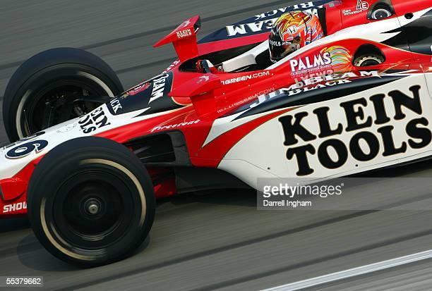 Dan Wheldon drives the Andretti Green Racing Klein Tools/Jim Beam Dallara Honda during the Indy Racing League IndyCar Series Peak Antifreeze Indy 300...