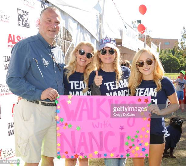 Dana Blum Robert Blum Renee Zellweger and Bridget Blum attend Nanci Ryder's Team Nanci 15th Annual LA County Walk To Defeat ALS at Exposition Park on...