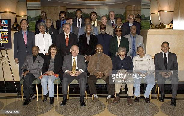 Dana Gioia Chairman of the NEA with Jazz Masters Nancy Wilson Tony Bennet Geral Wilson Ahmad Jamal Roy Haynes Curtis Fuller Front Row Jimmy Heath...