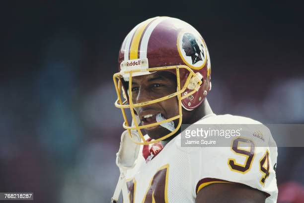 Dana Stubblefield Defensive Tackle for the Washington Redskins during the American Football Conference East game against the New York Jets on 26...