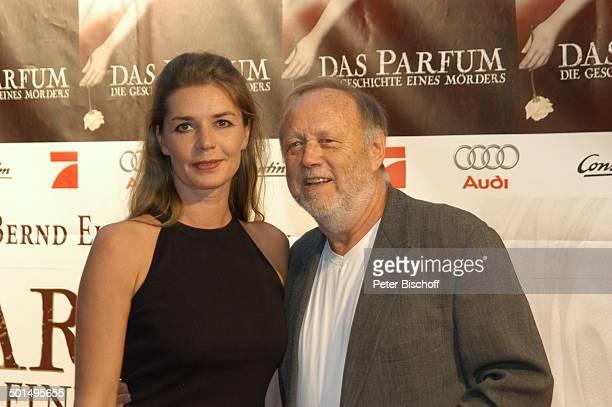 Dana Vavrova Ehemann Joseph Vilsmaier Premiere vom Kinofilm Das Parfum Die Geschichte eines Mörders München Bayern Deutschland Europa Roter Teppich...