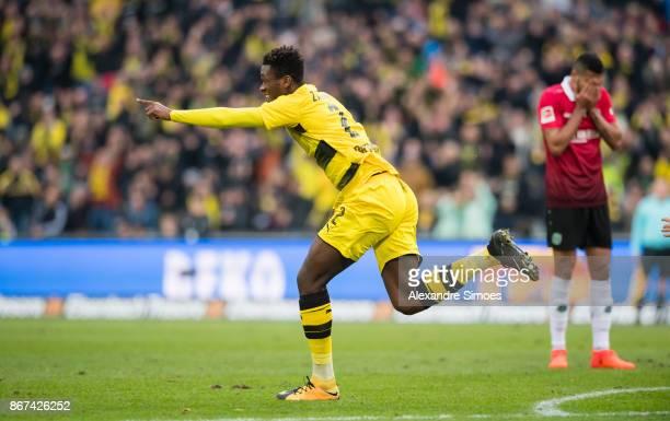 DanAxel Zagadou of Borussia Dortmund celebrates scoring the goal to the 11 during the Bundesliga match between Hannover 96 and Borussia Dortmund at...