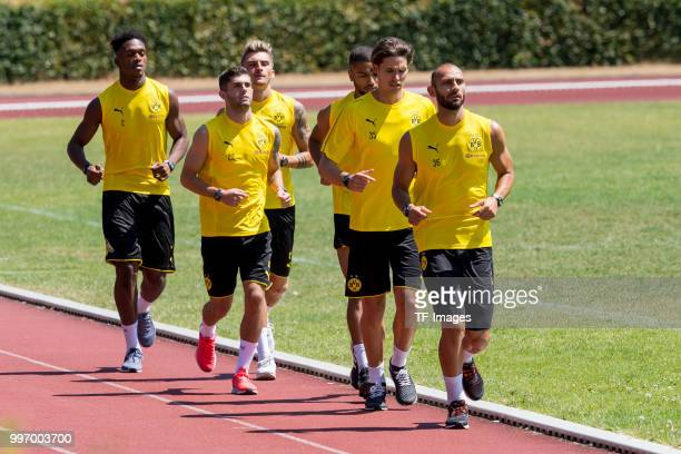 DanAxel Zagadou of Dortmund Christian Pulisic of Dortmund Maximilian Philipp of Dortmund Jeremy Toljan of Dortmund Goalkeeper Marwin Hitz of Dortmund...