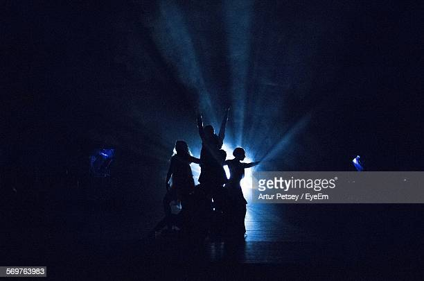 dance performance on stage - performing arts event stock pictures, royalty-free photos & images