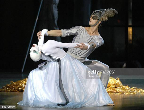 Dance project Ring around the Ring by Maurice Bejart in the Deutsche Oper Berlin scene with Bettina Thiel as 'Erda' and Artem Ahpilevsky as 'Wotan '...