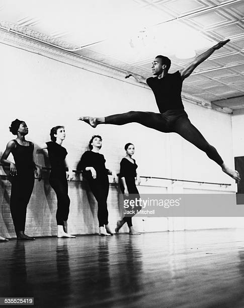 Dancer and choreographer Donald McKayle leading a class in 1962
