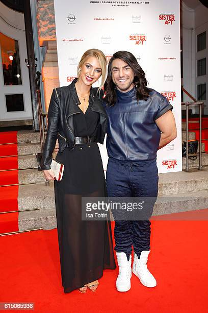 Dancer Cale Kalay and Aneta Sablik attend the 'Sister Act The Musical' premiere at Stage Theater on October 16 2016 in Berlin Germany