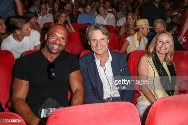 Dancer Detlef D Soost German actor Wolfgang Bahro and his wife Barbara Bahro during the musical premiere of 'BEAT IT Die Show ueber den King of Pop'...