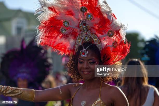 bailarina en el carnaval de boucan grand - gwengoat fotografías e imágenes de stock