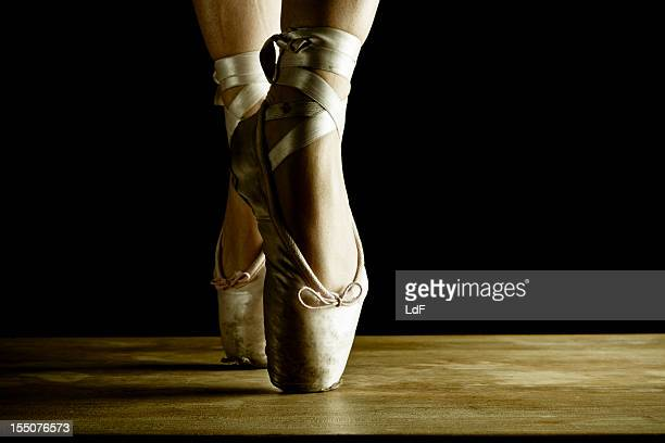 Dancer en pointe, close up on stage