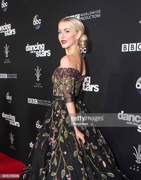 Dancer Julianne Hough attends the 'Dancing With The Stars' live finale at The Grove on November 22 2016 in Los Angeles California