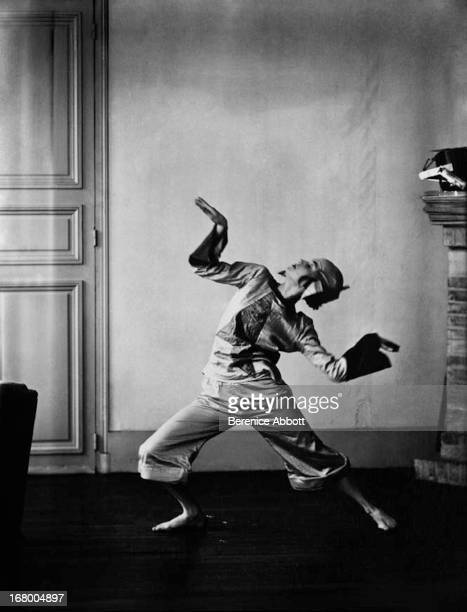 Dancer Lucia Joyce the daughter of Irish novelist James Joyce and Nora Barnacle 192627