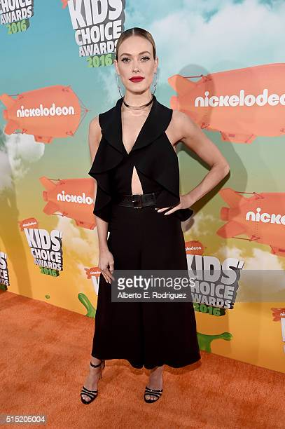 Dancer Peta Murgatroyd attends Nickelodeon's 2016 Kids' Choice Awards at The Forum on March 12 2016 in Inglewood California