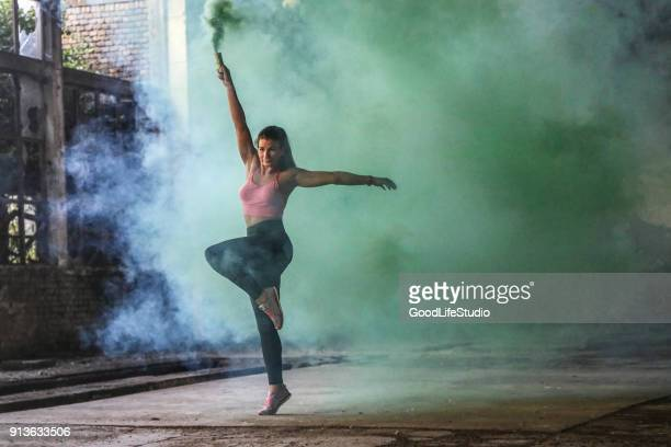 dancer - modern dancing stock pictures, royalty-free photos & images