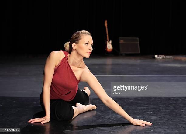 Tänzer stretching