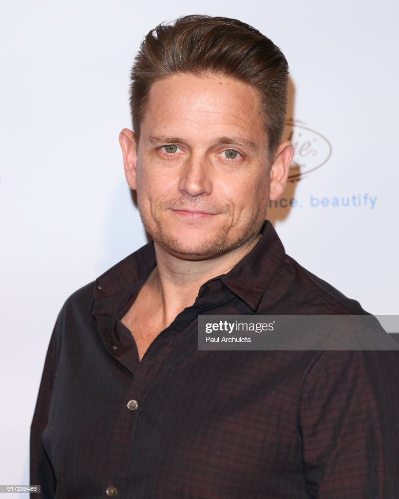 Dancer / TV Personality Damian Whitewood attends the trophy celebration benefiting the Make-A-Wish Foundation on February 11, 2018 in Los Angeles, California.