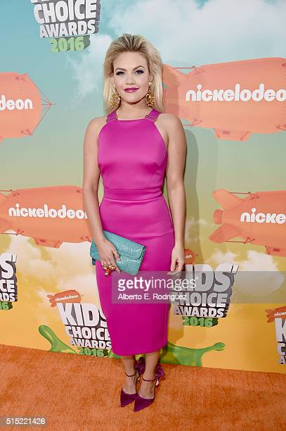 Dancer Witney Carson attends Nickelodeon's 2016 Kids' Choice Awards at The Forum on March 12 2016 in Inglewood California