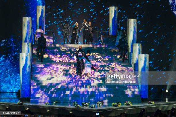 Dancers for Madonna display the flags of Israel and Palestine on their backs during Madonnas performance live on stage during the 64th annual...