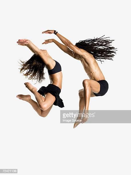 Bailarines de salto
