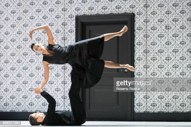 Dancers Meng-Ke Wu and Olivier Coeffard of Netherland Dans Theatre perform on stage 'Shoot the moon', by choreographers Sol Leon and Paul Lightfoot,...