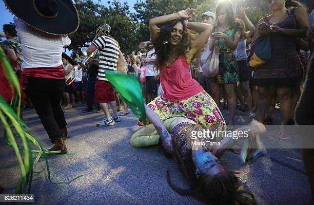 Dancers perform during the 2016 Honk Rio Festival a celebration of brass bands on November 27 2016 in Rio de Janeiro Brazil The fourday festival...