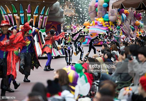 Dancers perform during the Disney's Halloween 2016 event at Tokyo Disneyland on on October 25 2016 in Urayasu Japan The event will be held through...