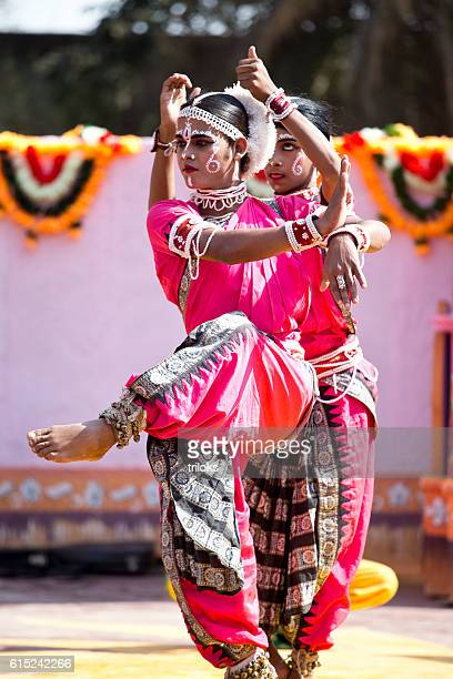 2 640 Indian Classical Dance Photos And Premium High Res Pictures Getty Images