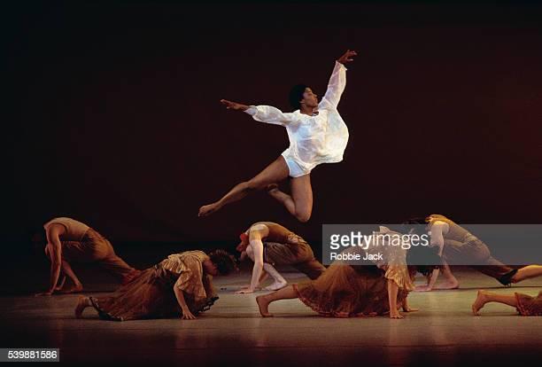 dancers performing four saints in three acts - robbie jack stock-fotos und bilder