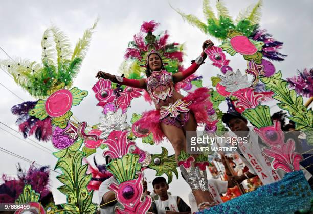 Dancers take part in the Carnival Joy for Life ''Alegria por la Vida 2010'' in Managua on March 13 2010 AFP PHOTO/ Elmer MARTINEZ