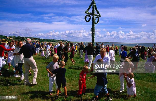 Dancing around the maypole on Midsummers Day is an old tradition.