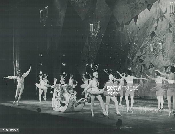 Dancing Ballet National Ballet Nutcracker